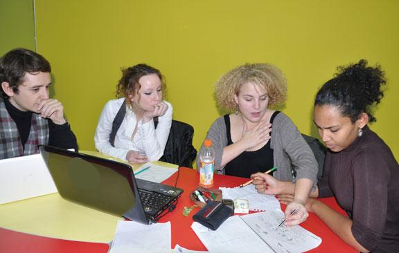 江淮国际教育外籍助教